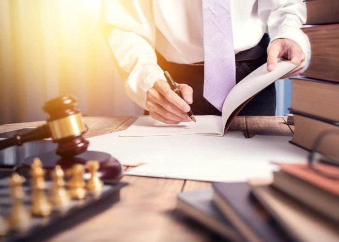 Conocer abogados laborales
