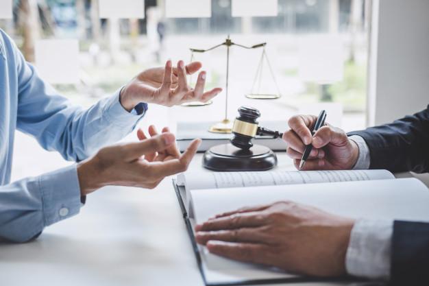 Como demandar a una empresa por despido injustificado